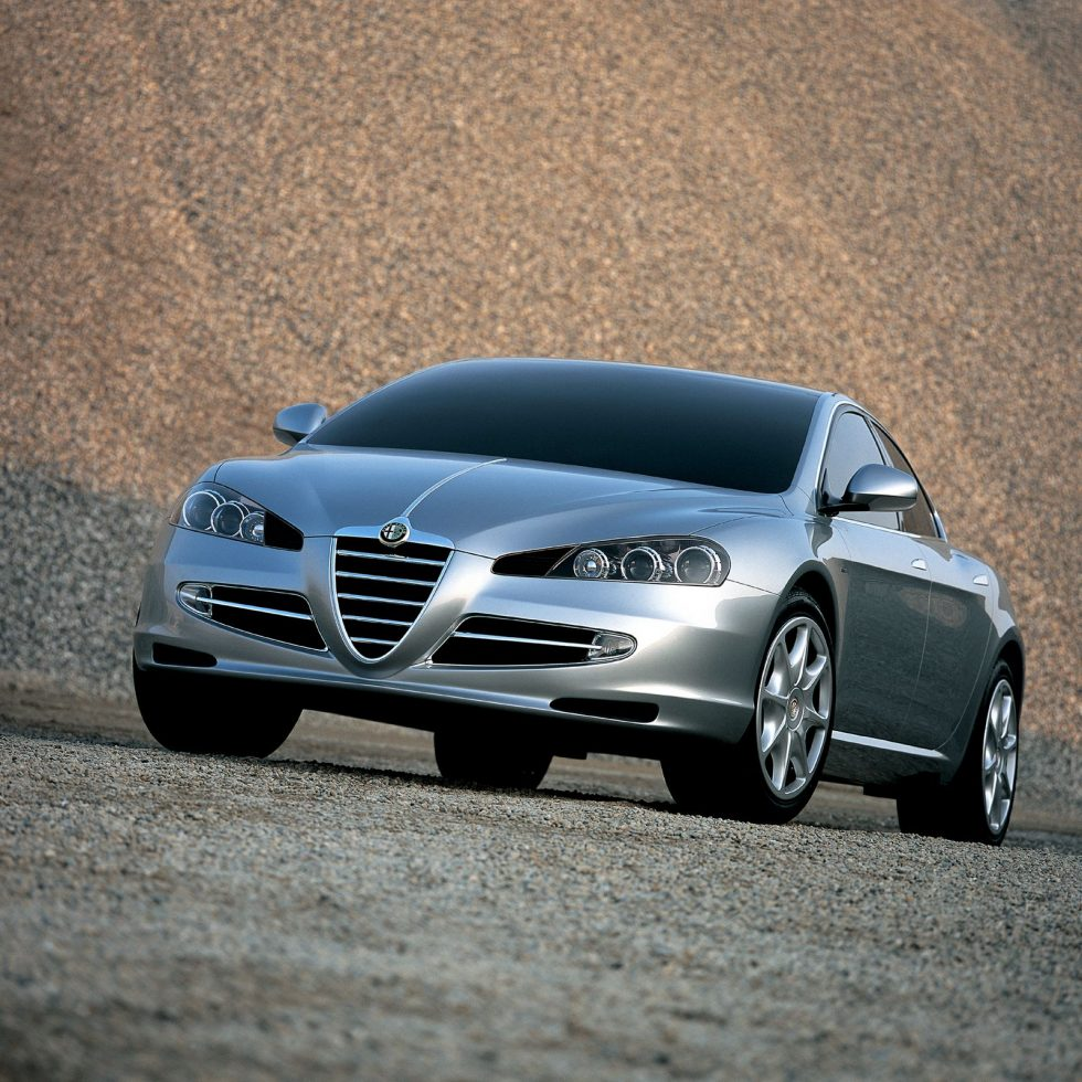 New Italdesign Giugiaros Alfa Romeo Visconti Range Leader Sports Car Wheel Centre Caps For The 2004 Edition Of Geneva International Motor Show Giugiaro Decided To Come Up With Shape That He Felt Was Most In Keeping An